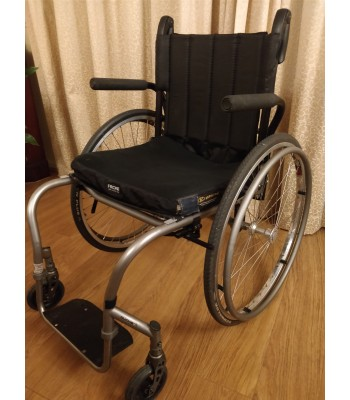Second Hand Sunrise Medical Quickie Ti Everyday Lightweight Wheelchair