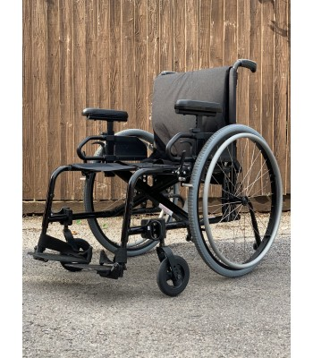 Second Hand Ex Demonstration Ki Mobility Catalyst Everyday Wheelchair